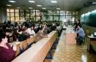 Periplul Caravanei EUB continuă la facultățile de Filosofie și Litere