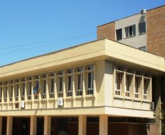 Caravana EUB începe anul universitar la Fizică